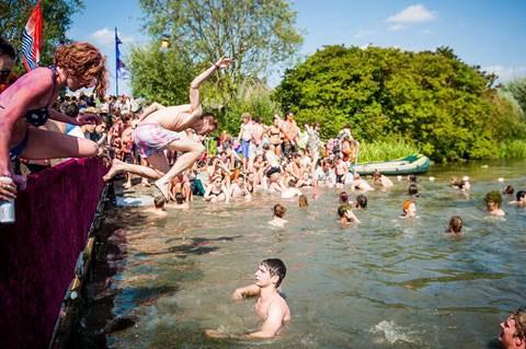 sgp_swimming